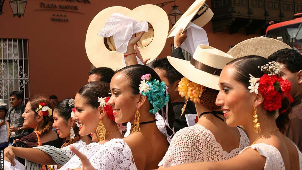 Peru_Trujillo_Dança da Marinera