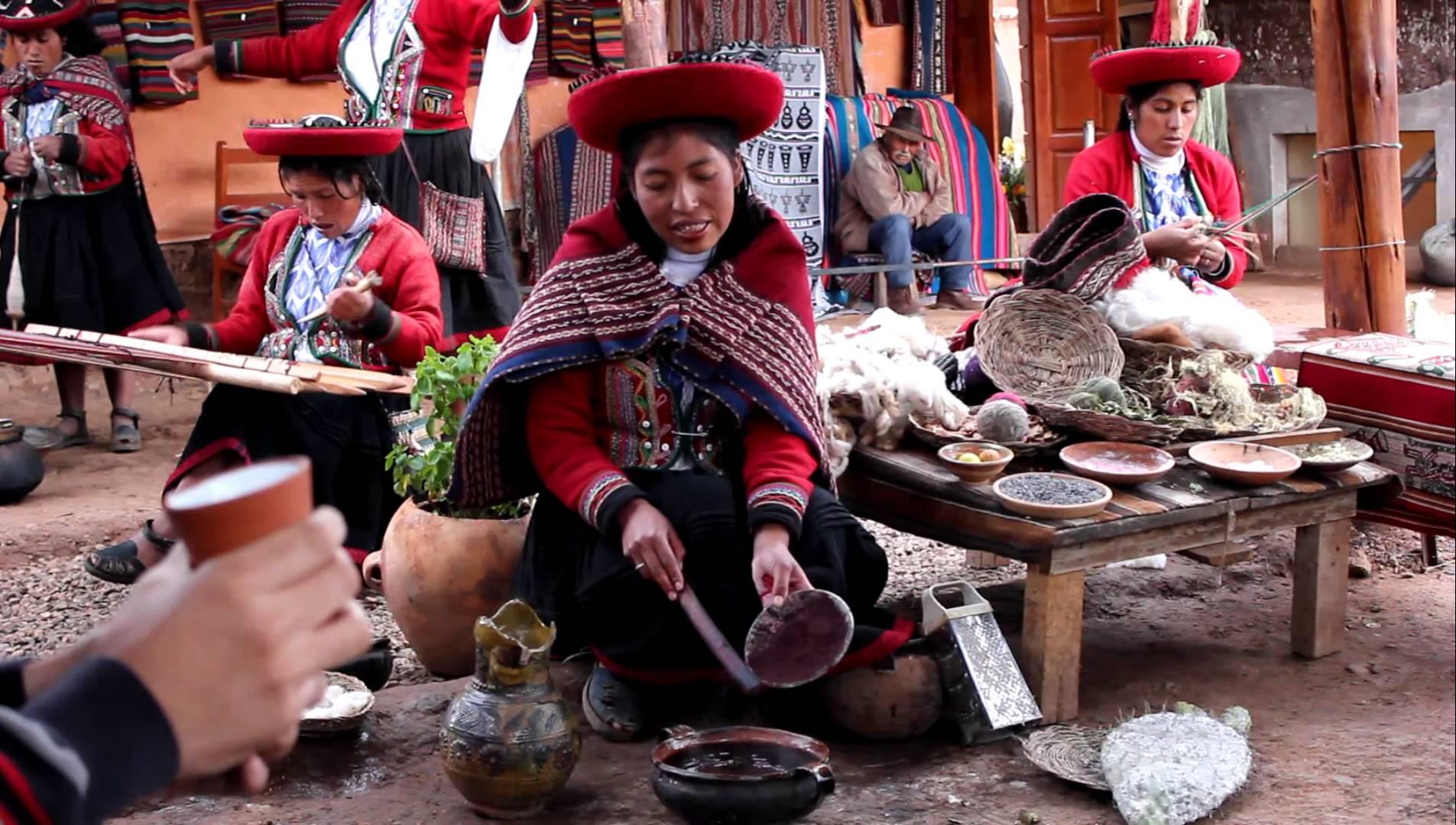 Chinchero bem conhecido pelos tecidos e artesanias que se vendem na praça. 1b0a3d1721
